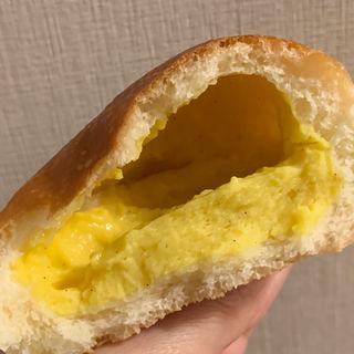 クリームパン(ブーランジェリー スルジェ (Boulangerie Surje))