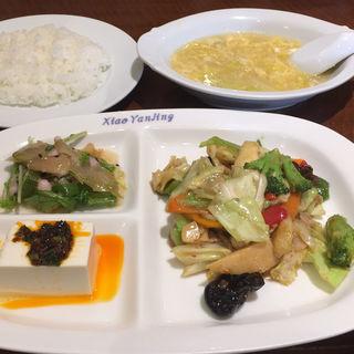 野菜のピリ辛味噌炒め(小燕京 (ショウエンキン))