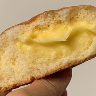 とろとろクリームパン(リトルマーメイド 市ヶ谷店 )