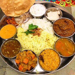 ノンベジターリー(インド家庭料理 ミレンガ)