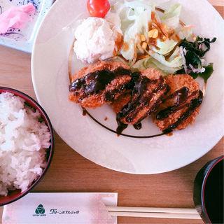 ヒレカツ定食(グリーンホテル三ヶ根 )
