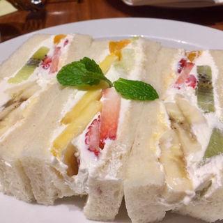 フルーツサンドイッチ(セントル ザ・ベーカリー)
