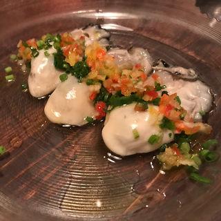 牡蠣のマリアーレ 野菜とビネガー添え