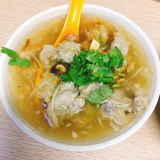 (金峰魯肉飯(チンフォンルゥロウファン))