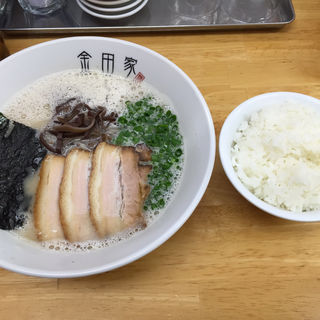 黒豚ラーメンセット、ご飯、餃子3個(金田家)