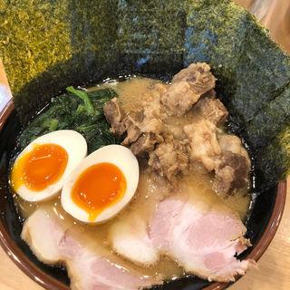 青葉盛ラーメン並と豚ハラミニンニク醤油煮トッピング(横浜ラーメン 北村家)