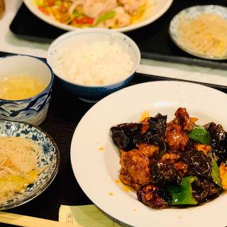 スペシャルランチ(辣子鶏)(酒中花 空心  (シュチュウカ クウシン))