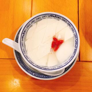 夢ごこち杏仁豆腐(中国ラーメン揚州商人新宿歌舞伎町店)