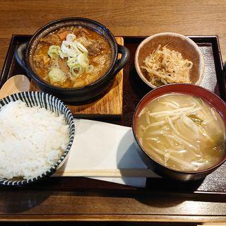 牛すじの煮込み定食(居酒屋 なお八 (なおはち))