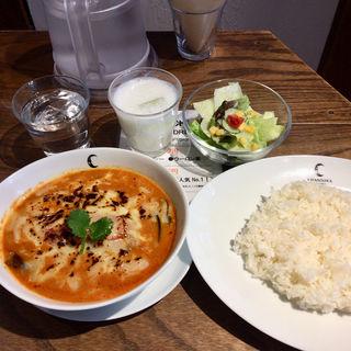 ひき肉とじゃがいもとトマトの焼チーズカリー(チャントーヤ ココナッツカリー (CHANTOYA COCONUT CURRY))
