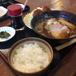 メンチカツ定食(福ちゃんラーメン 下地店 )