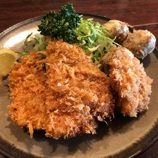 三色カツ定食(一口カツ、チキンボール、魚フライ)(かつ新 )
