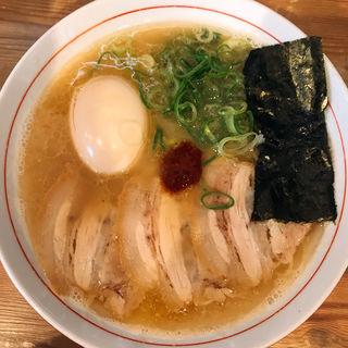 赤丸煮卵ラーメン(らーめん家MARU )