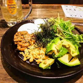 アボカドと納豆の健康サラダ(みのるん家)