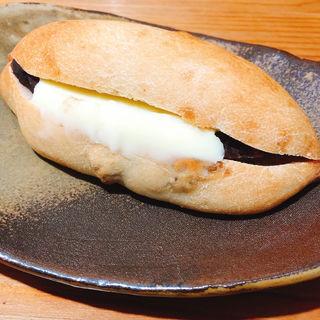 胡桃餡バター(パン&デリ・デマージ)