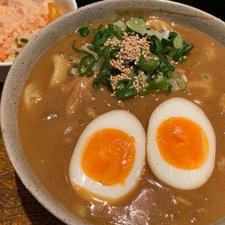 カレーうどん tp. 煮玉子(葉隠 (はがくれ))