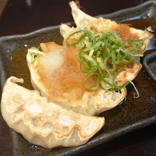 おろポン肉汁鶏餃子(5ヶ)(麺屋 武一 アトレ川崎店)