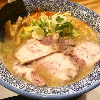 豚骨ラーメン(麺や ぶたコング)