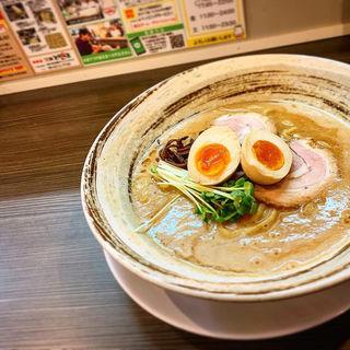 豚骨魚介ラーメン 醤油