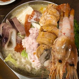 痛風鍋 + ボタン海老(毎日北海道物産展 ネオ炉端 道南農林水産部)