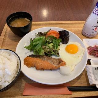 朝の和定食(ロイヤルホスト 南薬院店)