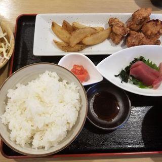 お刺身と唐揚げ定食(カジュアル割烹Today)