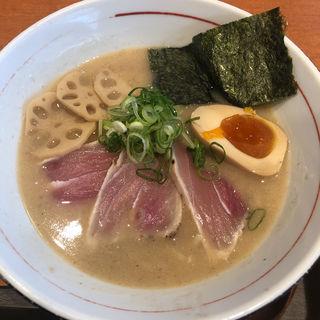 濃厚魚介そば(カジキマグロの炙りタタキ➕味玉)