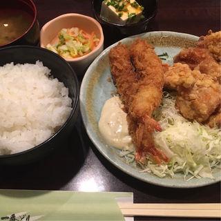 テンカラハーフとエビフライ定食(一番どり 六本木店 (いちばんどり))
