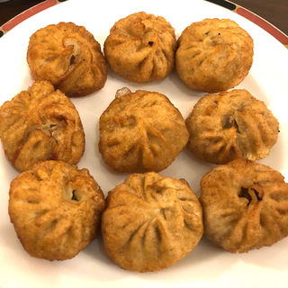 揚げモモ (ネパール風揚げ餃子)(ネパーリチュロ)