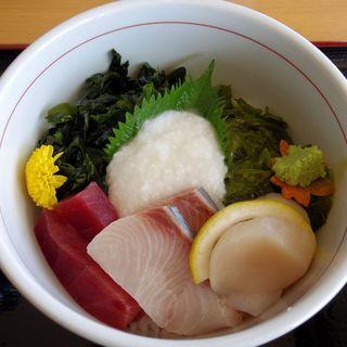 とろろ磯丼(シートピア なあど )