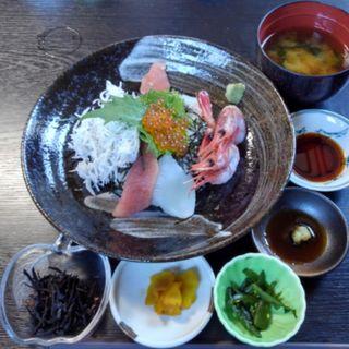 五色丼(恵比寿屋)