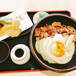 肉おろしぶっかけ+野菜天盛+半熟玉子天(美の庵 )