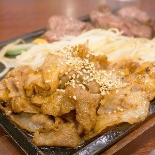 ニクテキ定食(鉄板焼 天神ホルモン中洲川端店)