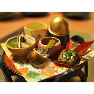 季節の前菜5種盛り (ロッシーニ風ふぐ懐石、八寸)(泳ぎいか・ふぐ・いわし・大阪懐石料理・遊食遊膳 笹庵 (ささあん))