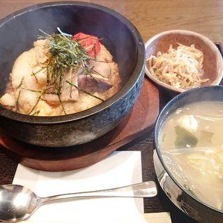 石焼き海鮮丼(居酒屋 なお八 (なおはち))