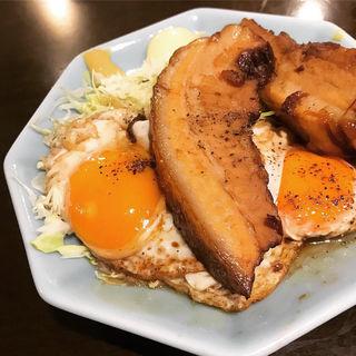 チャーシューエッグ定食