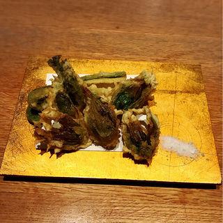 春の山菜の天婦羅盛り合わせ(和食酒家 あんべぇ)