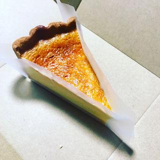 ブルターニュ産ルガールクリームチーズのタルト(キルフェボン青山店)