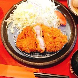 三元豚の特厚ロースカツ定食(ローン )