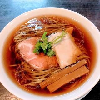 醤油らぁ麺(らぁ麺 紫陽花 (ラアメン アジサイ))