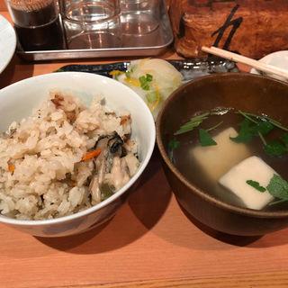 炊き込みご飯とお吸い物(ちゃりき)