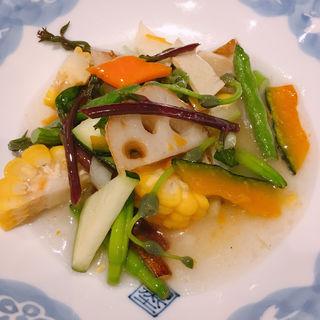 こだわり季節野菜9品目の沖縄塩炒め
