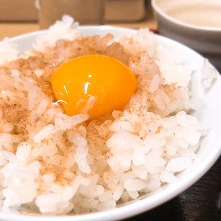 半ライス+トッピング卵(そばよし)