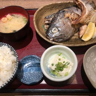 旬魚かま塩焼定食