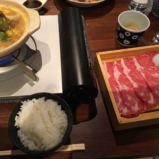 火鍋ラムしゃぶ(ひつじもんDX 西麻布店)