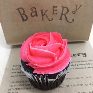 ローズカップケーキ(ユニコーンベーカリー (Unicorn Bakery))