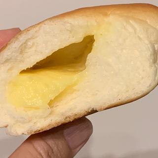 手作りふんわりクリームパン(加藤仁と阿部守正の店 (カトウヒトシ ト アベモリマサ ノ ミセ))