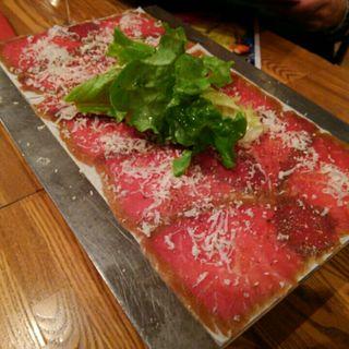 自家製黒毛和牛の生ハム(イタリアン肉バル デル・ソーレ 道頓堀)