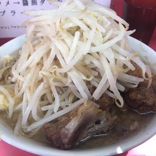 小豚入り(ラーメン二郎 小岩店 (らーめんじろう))