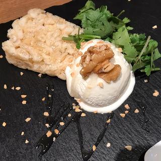 パクチーアイス&台湾ポン菓子(GoGoパクチー (ゴーゴーパクチー))